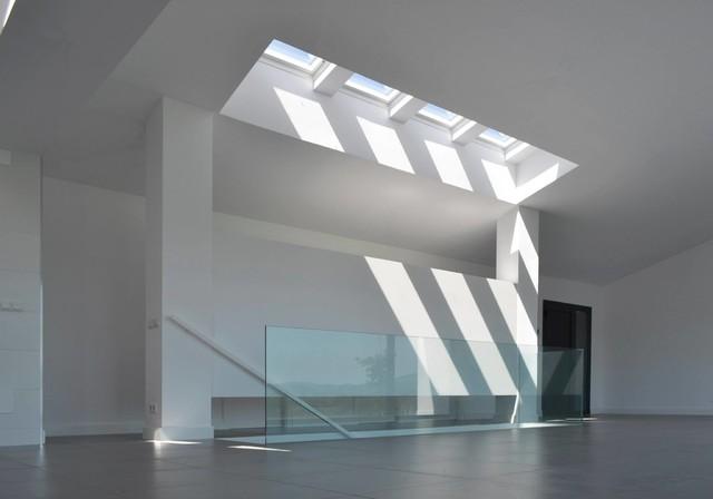CONSTRUCCIÓN DE UNA VIVIENDA UNIFAMILIAR DE ESTILO MODERNO EN CANTABRIA moderno-salon