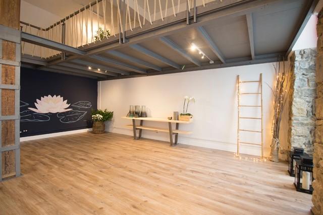 Decoración de estudio de yoga en la cl Urdaneta, 4 de San Sebastian. nordico