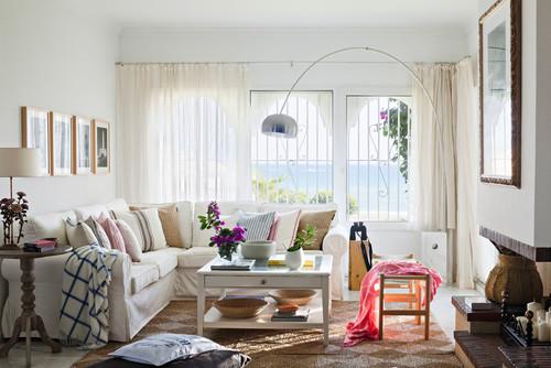 C mo elegir las telas de las cortinas y para tapizar el sof for Telas de cortinas de salon