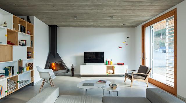 mir house minimalistisch wohnbereich barcelona von costa calsamiglia arquitecte. Black Bedroom Furniture Sets. Home Design Ideas