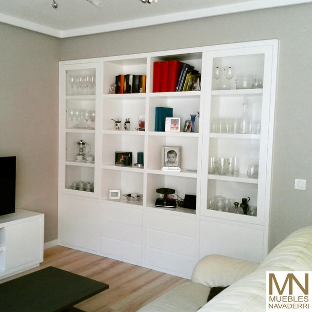 Mueble a medida para vivienda en madrid cl sico renovado for Muebles salon a medida