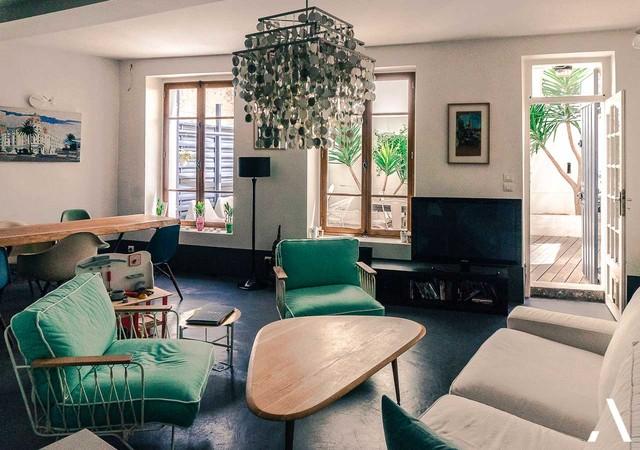 boh me chic endoume marseille 7 360 000. Black Bedroom Furniture Sets. Home Design Ideas