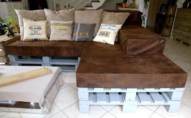 canap lit palettes industriel salon montpellier. Black Bedroom Furniture Sets. Home Design Ideas