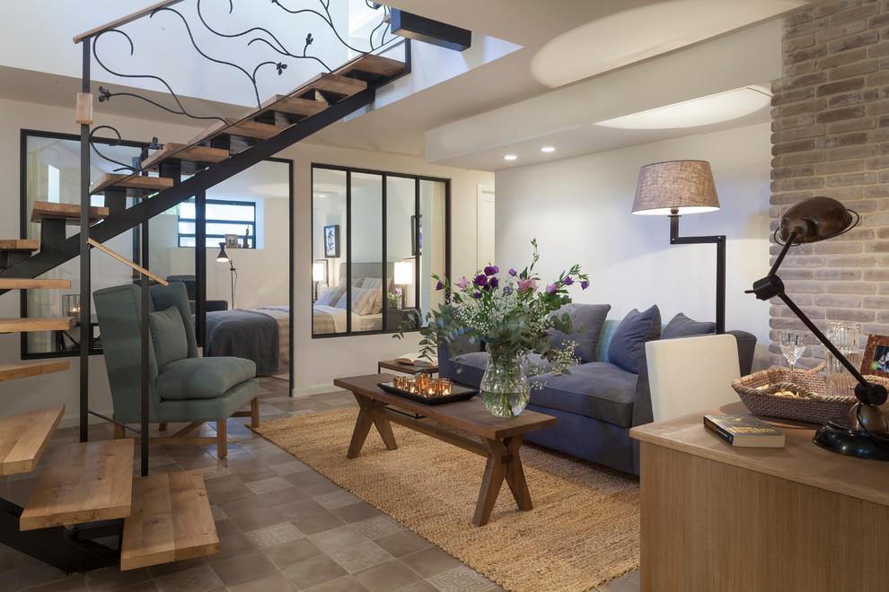 Idées déco pour un petit salon contemporain ouvert avec une salle de réception, un mur blanc, un sol en carrelage de céramique, aucune cheminée et aucun téléviseur.