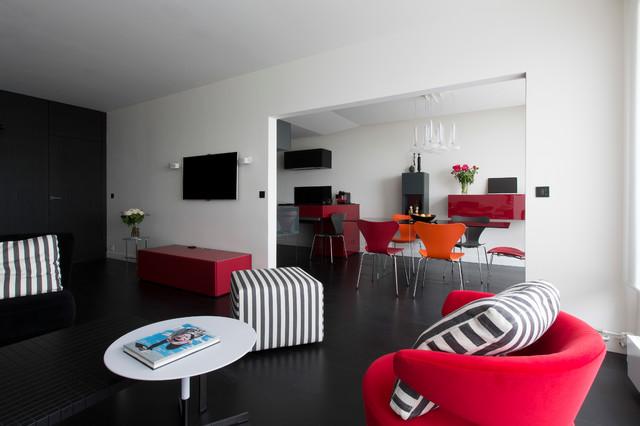 Cuisine salon et chambre th matique rouge et noir contemporain salon other metro par - Cuisine avec sol noir ...