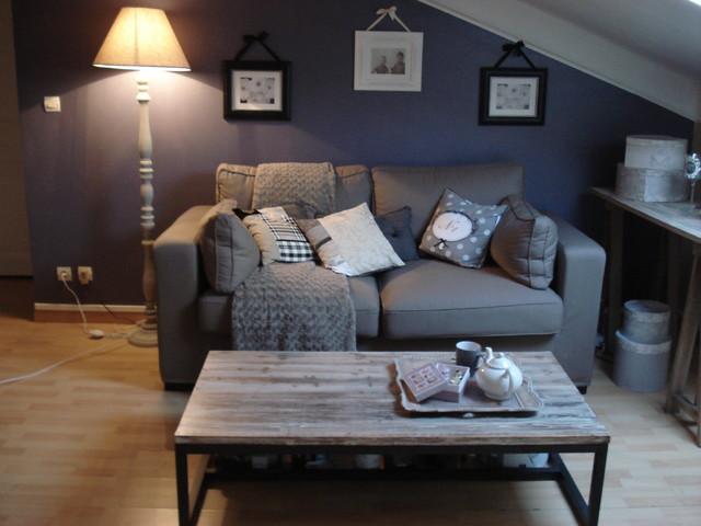 d coration d 39 int rieur d 39 un studio. Black Bedroom Furniture Sets. Home Design Ideas