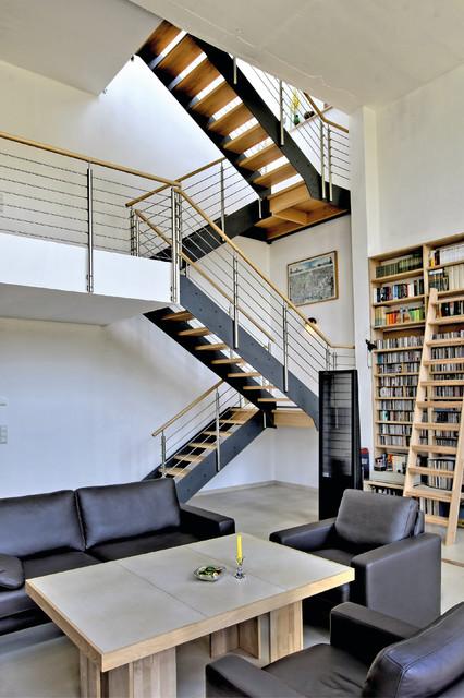 Escalier Industriel Dans Un Loft Industriel Salon