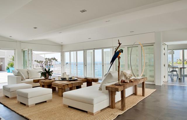 Les Bains De Mer ChaudsBeach Style Living Room, Marseille