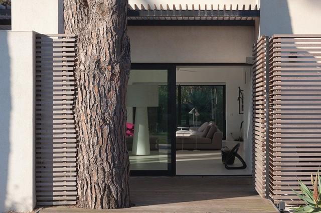 Maison individuelle saint tropez contemporain salon for Salon maison individuelle