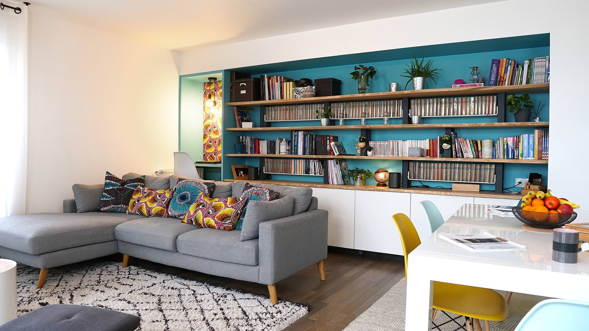 75 Beautiful Living Room With Blue Walls And A Tv Stand Pictures Ideas April 2021 Houzz