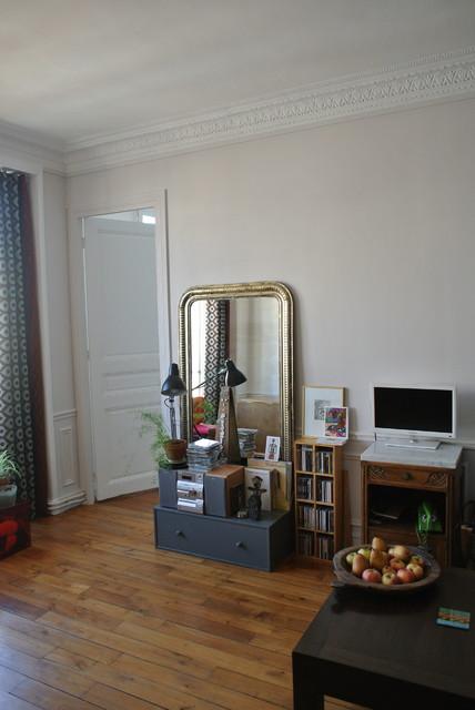Petit Salon Bleu Contemporary Living Room Bordeaux