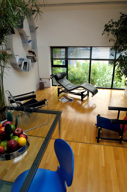 pi ce vivre d 39 un loft de 50m2 en duplex contemporain salon paris par fables de murs. Black Bedroom Furniture Sets. Home Design Ideas