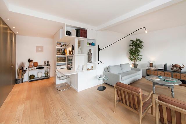 Presque la campagne country living room paris by - Amenager un petit sejour ...