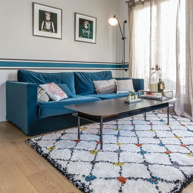 Salon de type scandinave avec un tapis KABOSHON 北欧-リビング居間