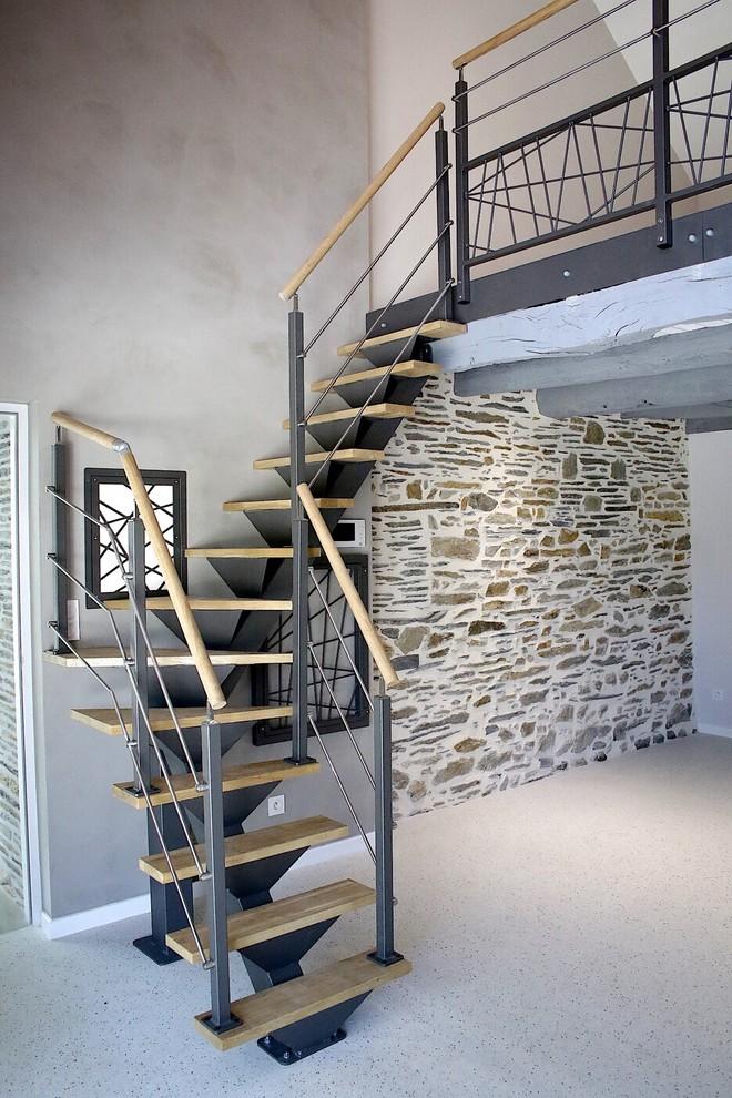 Immagine di un soggiorno boho chic di medie dimensioni e stile loft
