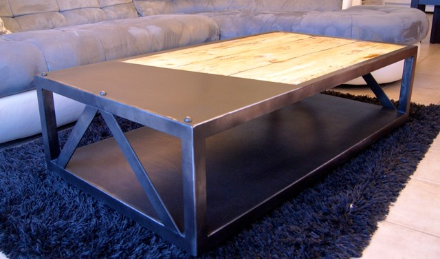 Table basse industrielle industrial living room nice for Table basse roulette industrielle
