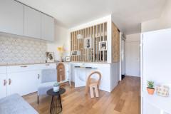 Petite, aber mit viel Stauraum: Eine Mini-Wohnung in Paris