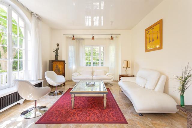un salon classique chic la garenne colombes classique chic salon paris par studio aoustin. Black Bedroom Furniture Sets. Home Design Ideas