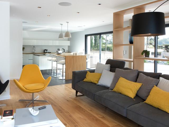 une maison moign contemporary living room rennes by caroline d sert d coratrice d. Black Bedroom Furniture Sets. Home Design Ideas