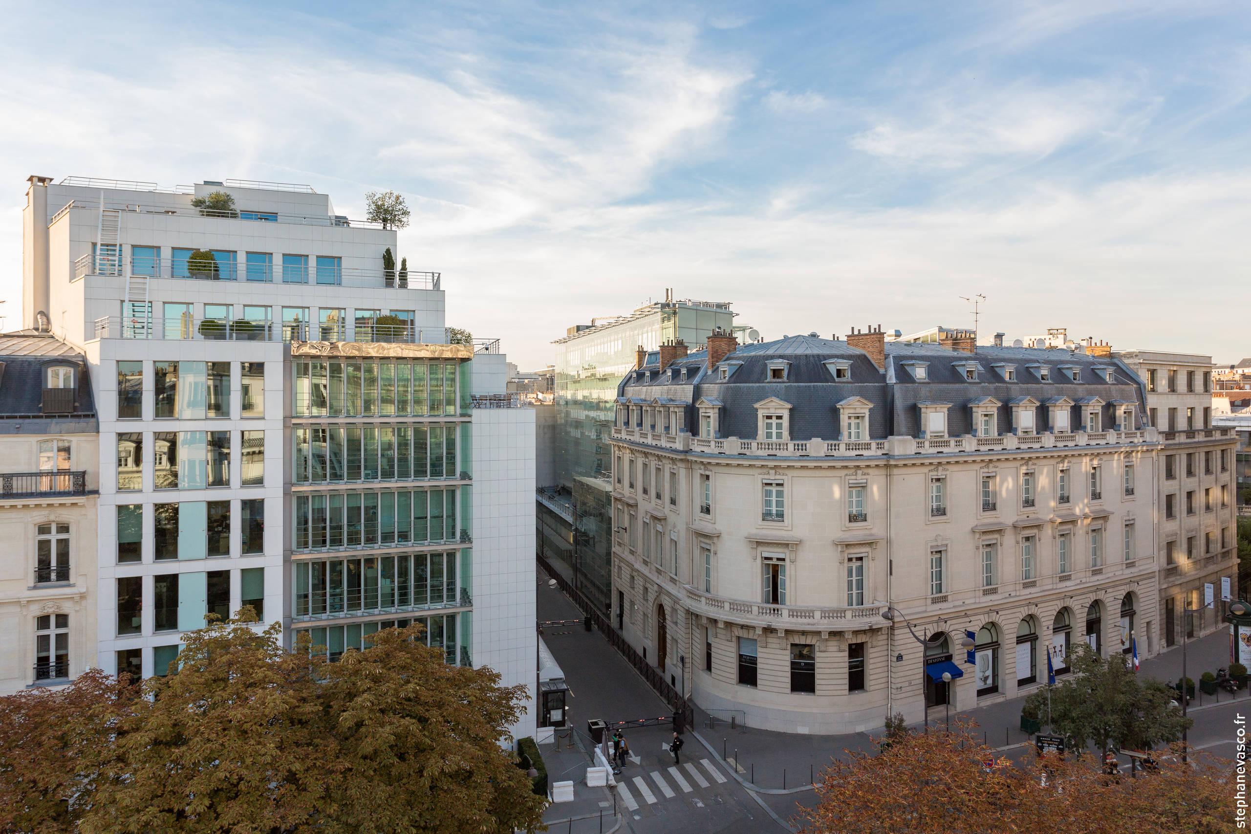 Une vue spectaculaire sur l'avenue Matignon