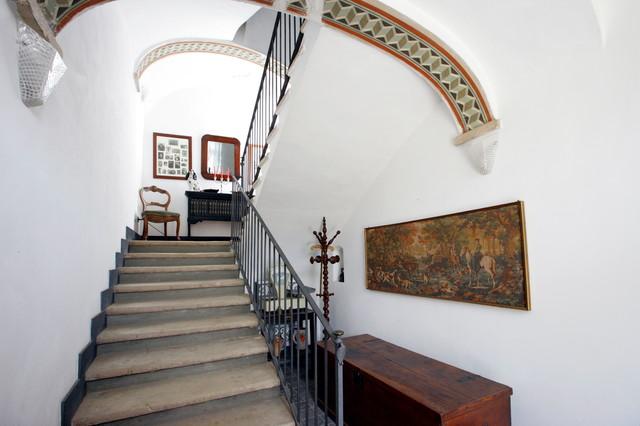 Casale ad alessandria in campagna scale torino di for Arredare pianerottolo scale