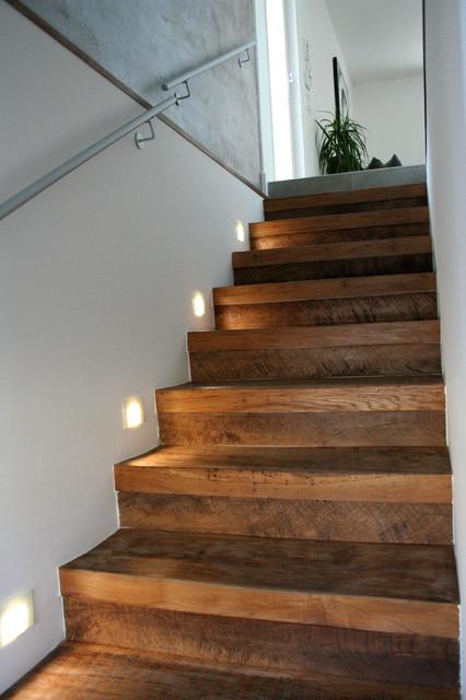 Gres porcellanato effetto cemento cerato contemporary - Gres porcellanato per scale interne ...