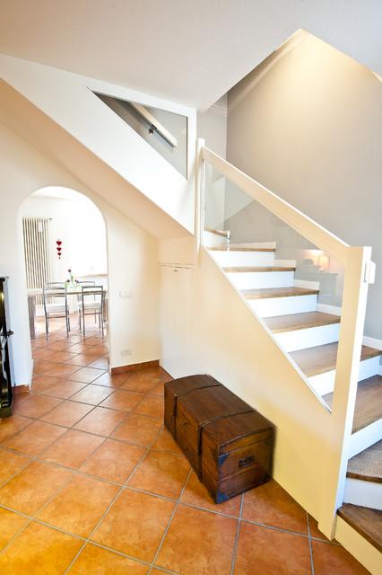 La casa di campagna contemporaneo scale milano di for Arredare pianerottolo scale