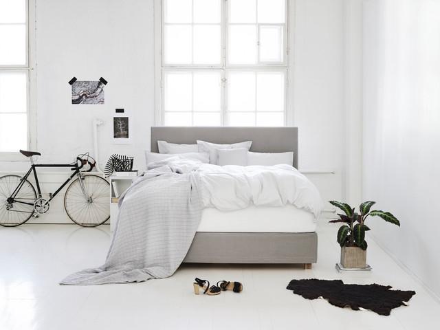 fennobed boxspringbett domus mit base skirt scandinavian bedroom frankfurt main