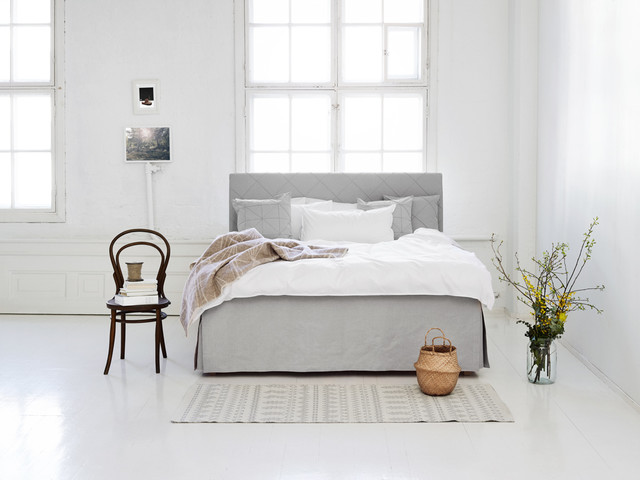 Boxspringbett Modern boxspringbett kaino mit skirt contemporary bedroom