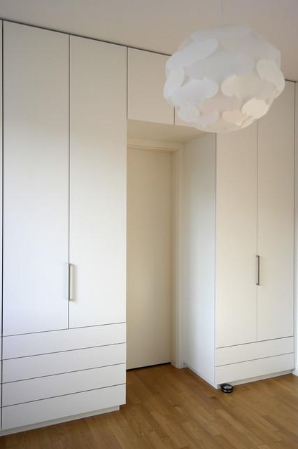 Schlafzimmer Einbauschränke gantz einbauschränke fugenlos um tür minimalistisch