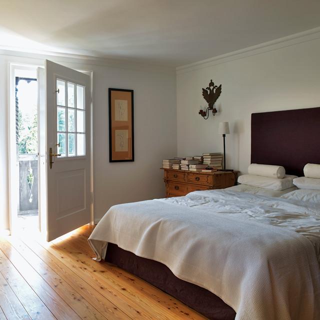 Jan Reuter haus am tegernsee farmhouse bedroom munich by jan reuter