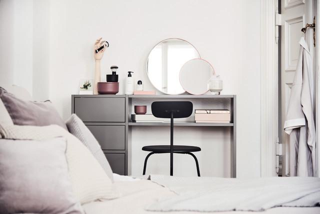 minimalistischer schminktisch von mycs minimalistisch