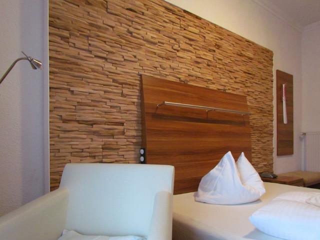 mosaikholz holzpaneele aus eiche rustikal schlafzimmer essen von stones like stones gmbh. Black Bedroom Furniture Sets. Home Design Ideas