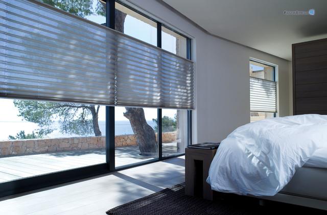 qualit ts plissee modern schlafzimmer sonstige von faltstore express. Black Bedroom Furniture Sets. Home Design Ideas