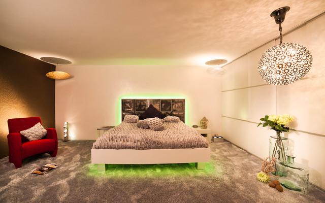 raumdesign modern schlafzimmer k ln von torsten. Black Bedroom Furniture Sets. Home Design Ideas