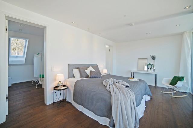 Traumvilla in Seenähe - Modern - Schlafzimmer - München - von ...