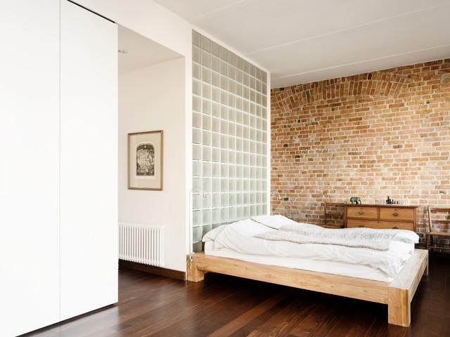 umbau loft wohnung berlin friedrichshain modern schlafzimmer berlin von cama a. Black Bedroom Furniture Sets. Home Design Ideas
