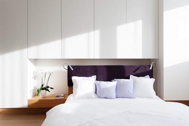 Villa g modern bedroom munich by innenarchitektur for Innenarchitektur rathke
