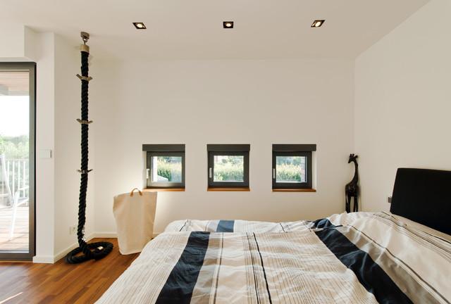 wohnhaus im seelhorster garten hannover modern schlafzimmer hannover von bartels. Black Bedroom Furniture Sets. Home Design Ideas