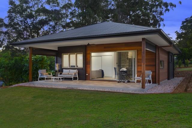 Doonan - Sunshine Coast modern-granny-flat-or-shed