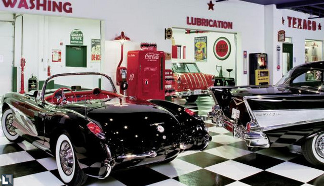 Dream house on pinterest retro decorating 50s diner and for Photo garage 94