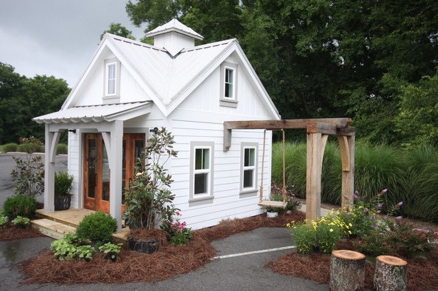 2013 Playhouse Tour Of Homes Traditional Shed