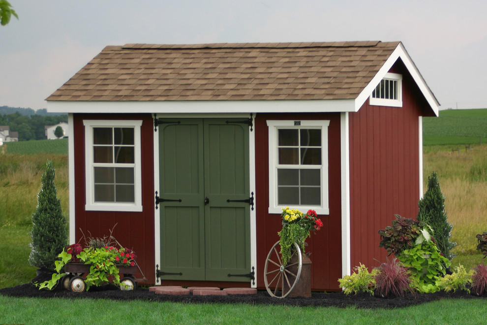 Elegant shed photo in New York