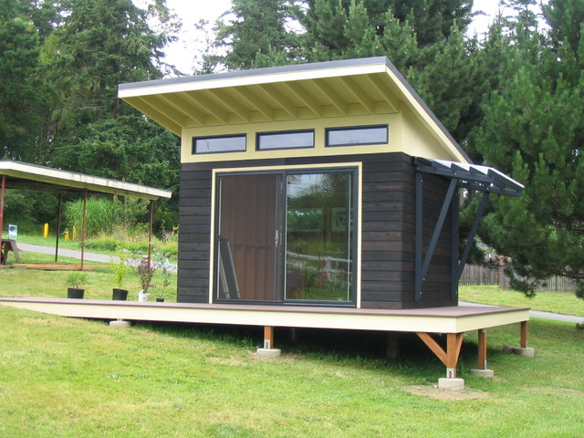 A modern shed modern shed seattle by j c stoneman for Modern garden shed designs