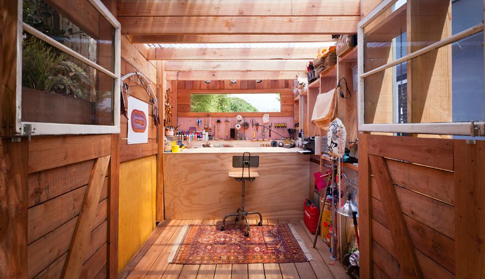 Example of a trendy studio / workshop shed design in Santa Barbara