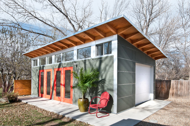 Backyard Artist Studio Contemporary Garage And Shed