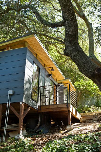 Bay Area, CA Modern Sauna modern-shed