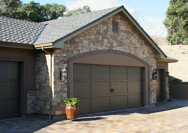 Brentwood stone veneer traditional garage and shed for Brentwood garage door