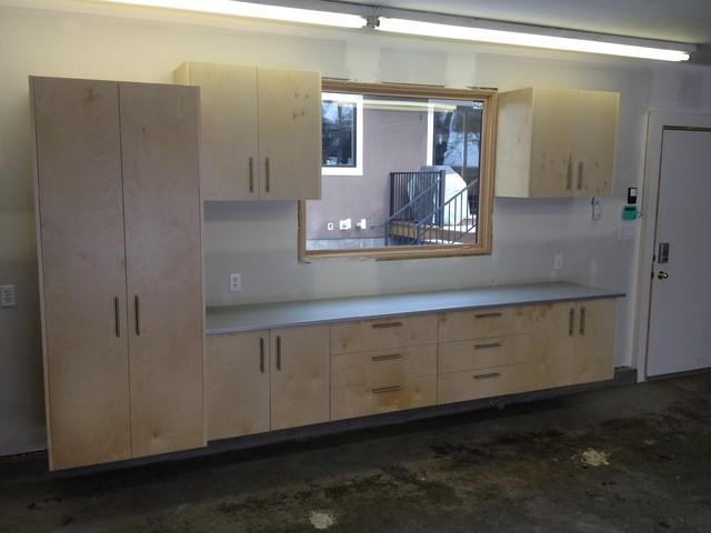 Modern Garage Cabinets Designs