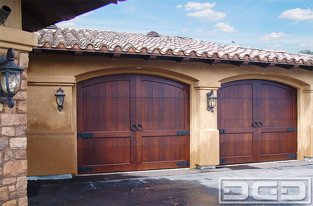California dream 10 custom made arched top carriage for Carriage style garage doors for sale